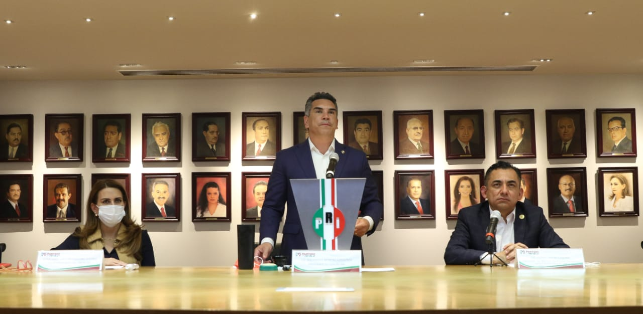 DURO GOLPE A MEXICANOS LA ELIMINACIÓN DE FIDEICOMISOS: ALEJANDRO MORENO