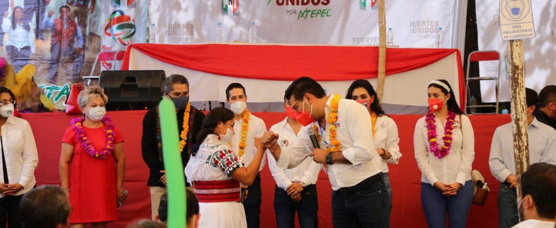 RINDEN PROTESTA COMITÉS MUNICIPALES DE DISTRITOS DE ZACAPOAXTLA, TLATLAUQUITEPEC Y TEZIUTLÁN