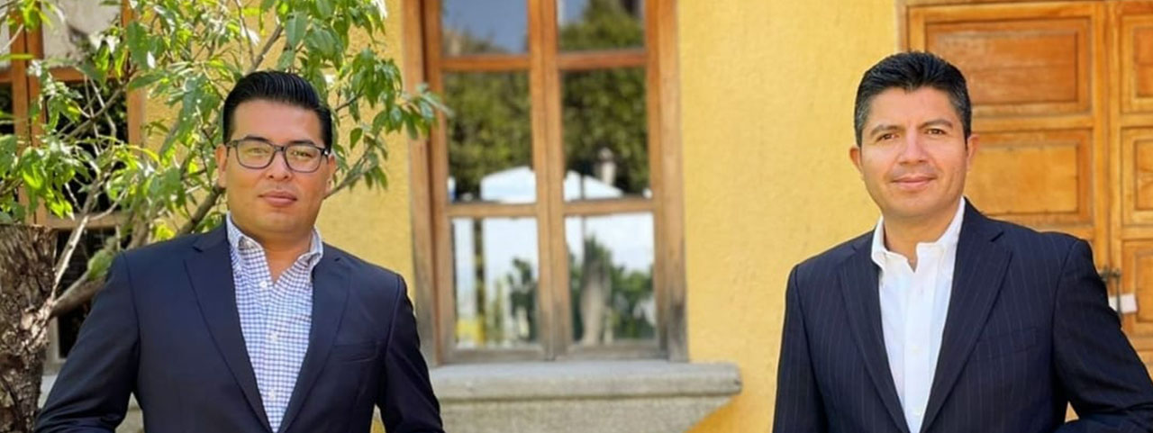 Sostienen productivo diálogo Eduardo Rivera Pérez y Néstor Camarillo.